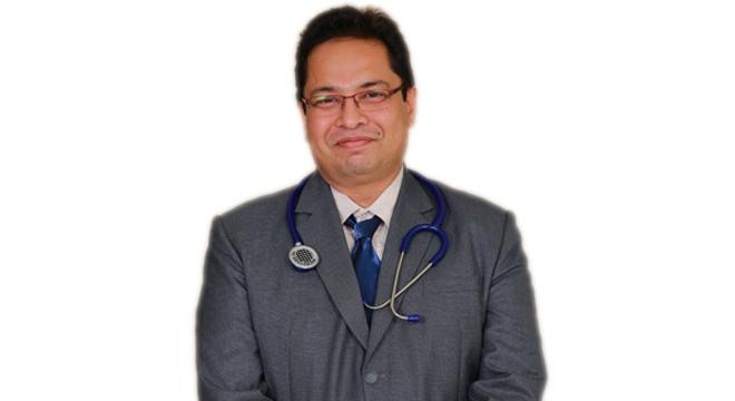 Consultant Ophthalmologist & Vitreoretinal Surgeon