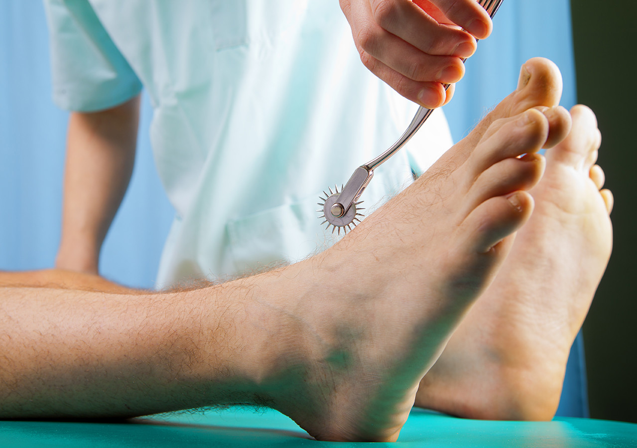 Foot nerve examination