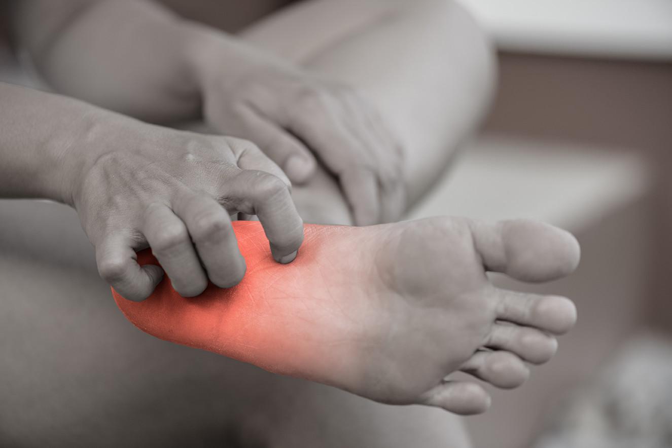 Symptoms of plantar warts in diabetes